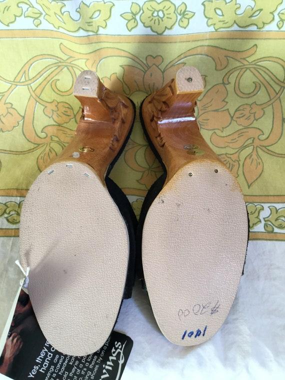 Carved Love by 7 Karvings Salvage 70s Mules Suede Vintage Black SALE Street High Wood Heel 0wqS7E