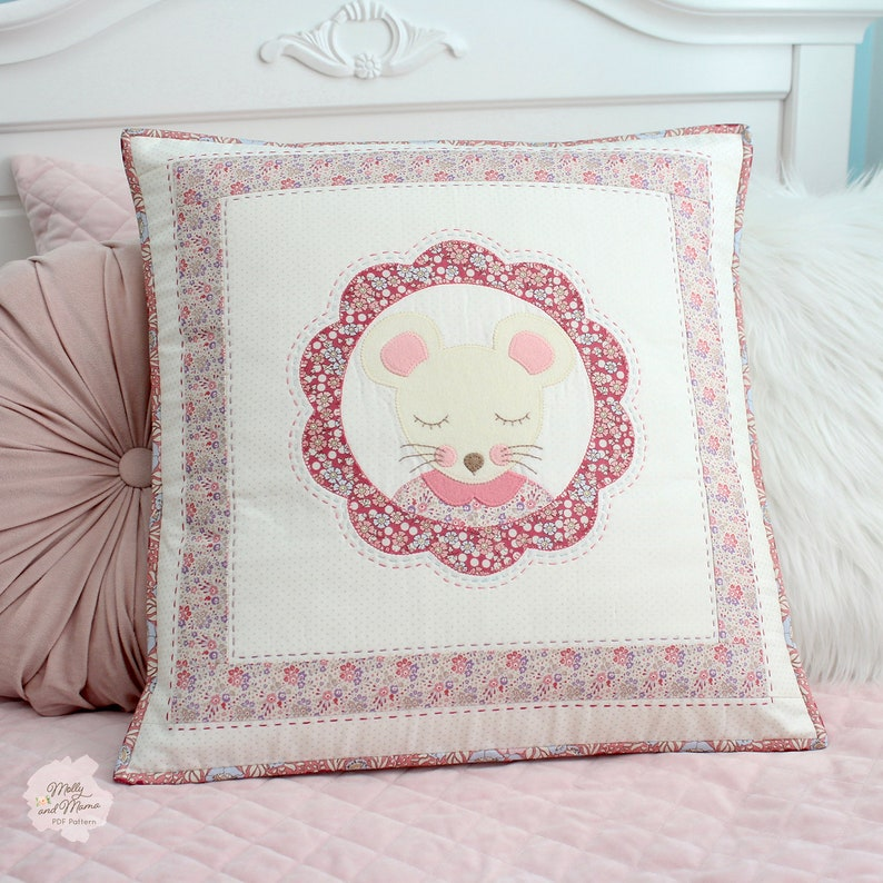 MILLY MOUSE Cushion Pattern  PDF download. Sew a hand quilted image 0