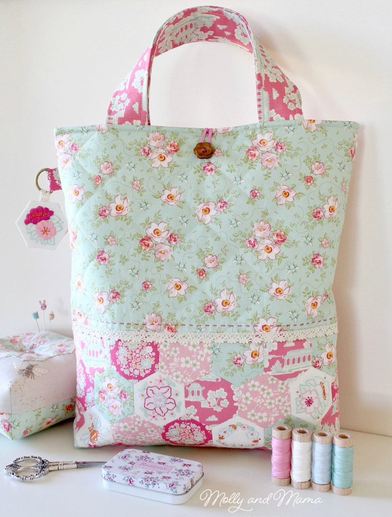 HEXAGON BUMBLEBEE BAG Pattern  pdf download tote bag with image 0