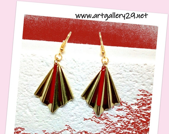 FAN - Red and gold fan earrings in brass, red enamelled charm tube, art deco / bohemian / elegant style