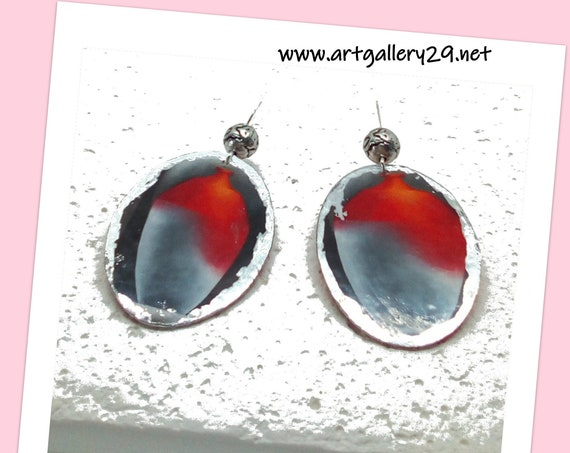 LARGE OVAL Gray / vermilion red oval earrings, silver entourage printed mismatched original vase, silver dormeuse mounting