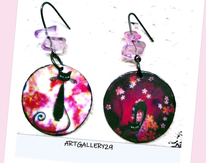 CHAT--Purple black cat earrings mismatched black cat, printed black cat paper raspberry background small flowers