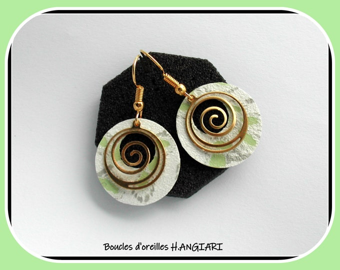 Spiral collection: Golden earrings in the shape of a spiral, golden snail earrings, golden minimalist, brass spiral