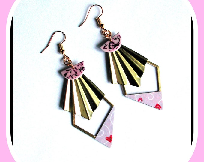 Romantic collection: ROMANTIC pale purple triangle shaped earrings, EVENTAIL in brass, Valentine's Day, Mother's Day
