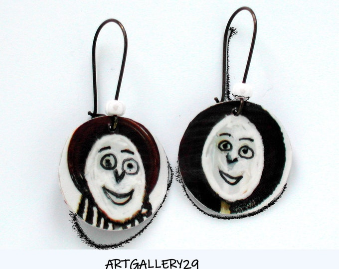 Rigolote: Funny/fun earrings, hand-painted character heads, sleeper editing