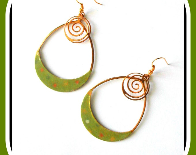 Creole collection: Creole earrinory, jewel, gold metal, polka dot paper, drops, bohemian, polka dot, khaki green
