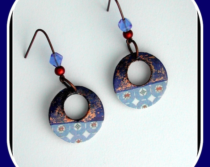 Primitive jewel collection: Large creole earrings, primitive, brass, blue / sky blue, Primitive / ethnic style, blue tone