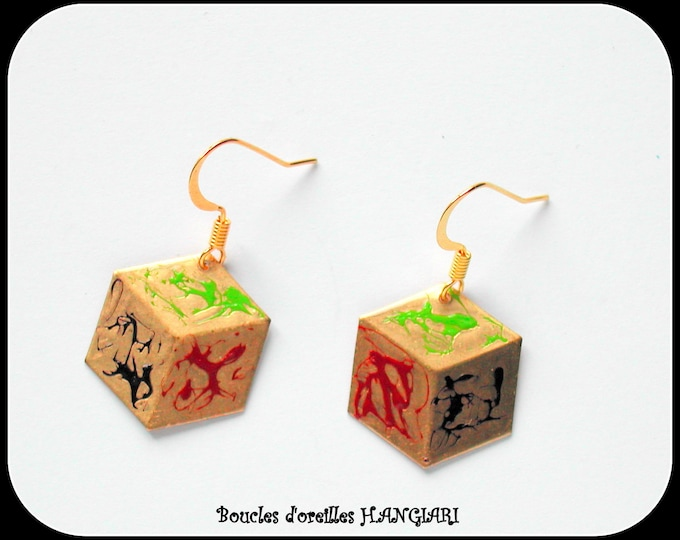 Original gold dice earrings, 3D flat shape effect, gold ear hooks