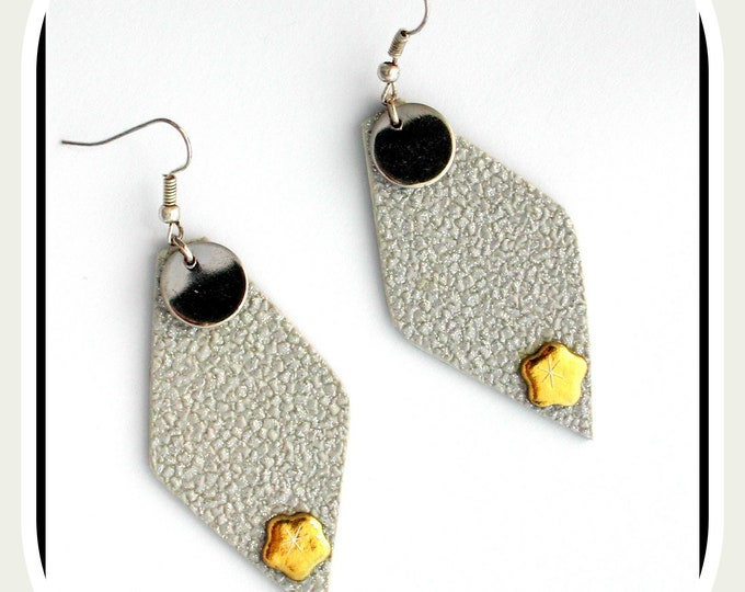 Polygon collection: Silver earrings, glitter effect on a silver background, silver round sequin, large silver earrings