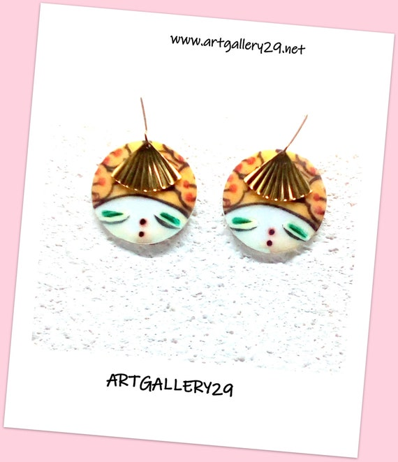 CHINESE - Chinese imitation ceramic earrings, Chinese doll face, gold brass fan, bronze sleeper