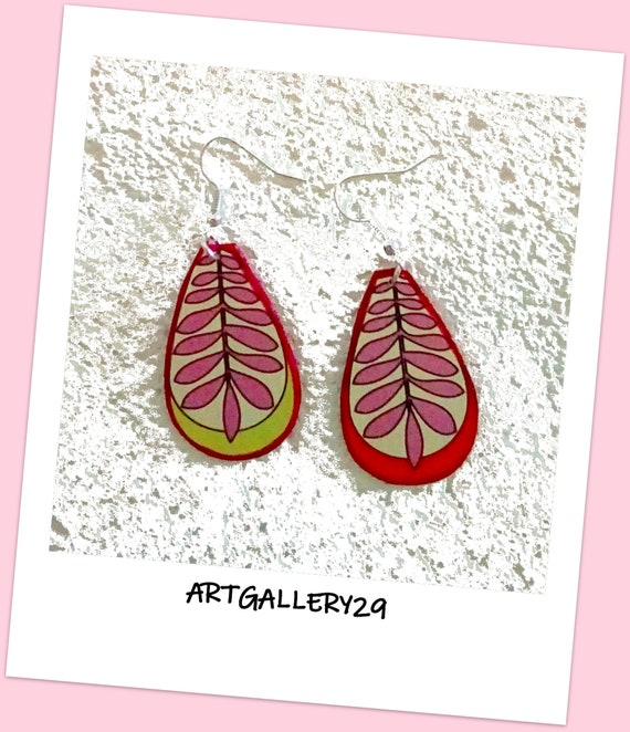 GREAT GOUTTE FUN-- Mismatched earrings large drop graphic pattern tone pink/orange/green anise, silver hooks