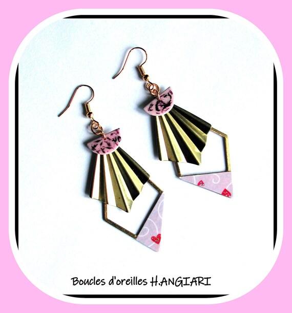 Boucles d'oreilles ROMANTIQUE violet pâle en forme de triangle, EVENTAIL en laiton, st valentin, fêtes des mères