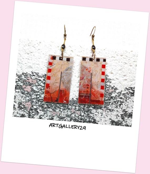 Boucles d'oreilles pendantes rouge et noir, motif abstrait, tableau peinture fait main sur rectangle
