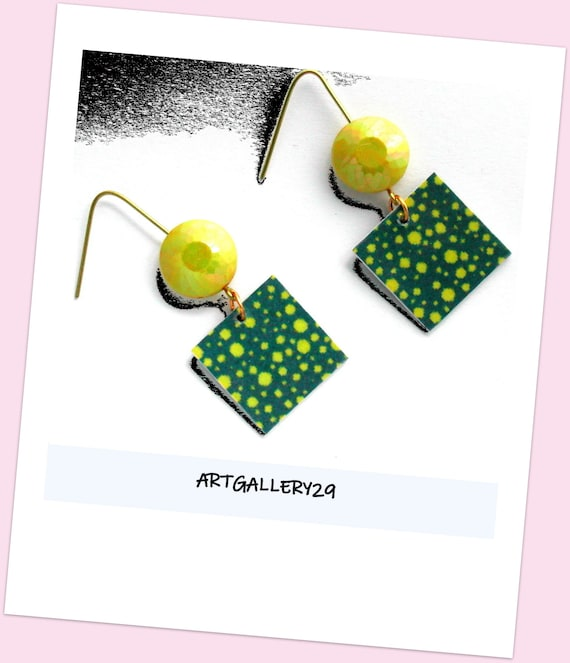 Green with polka dots, VERT DUCK earrings, CARRE green duck earrings, yellow / green polka dot earrings, dotted dangle