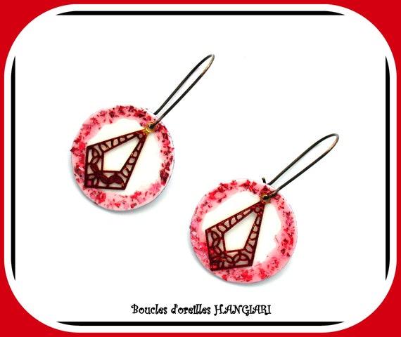 ETSY // Bronze stud earrings, pink glitter circle, raspberry filigree, Christmas, Christmas jewel, glitter jewel, glitter gift