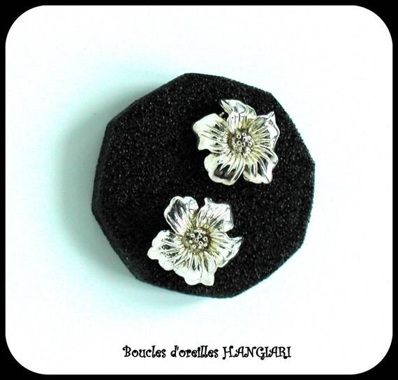 ETSY // Silver flowers: Silver flowers earrings - Earring earrings - Earrings ~ Silver earrings ~ Jewel gift