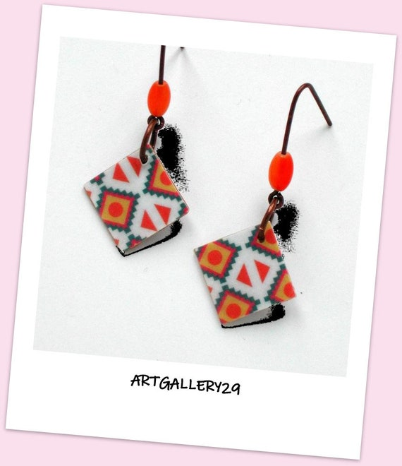 Ethnic # Collection #: Graphic square earrings, graphic ethnic motifs, diamond shape, Aztec patterns, copper hooks