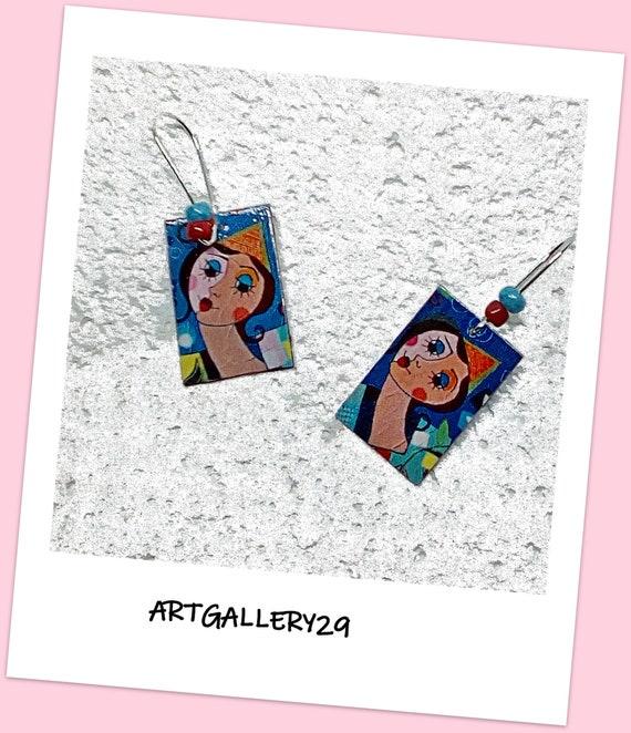 Boucles d'oreilles pendantes colorées dépareillées clown arlequin sur rectangle dormeuses argentées