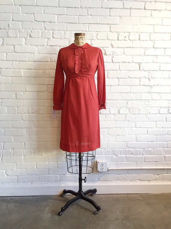 1960s Burnt Red Baby Doll Dress // 60s Peter Pan C