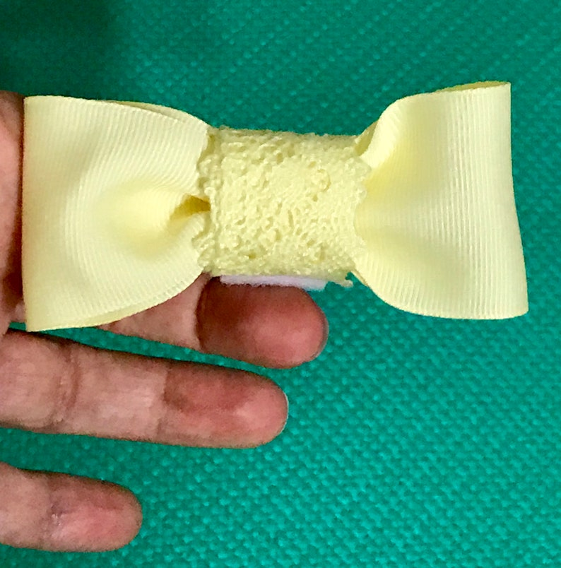 Pet Neck Wear Pets Pet Neck Accessories Cat Bow Tie Yellow Ribbon and Lace Bow Tie for Pets Dog Bow Tie Bow Ties Pet Bow Tie