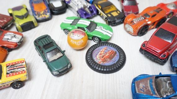 Métal Lot En 18 De Hotwheels Camion Modèle Plastique Voiture Die wmn0N8