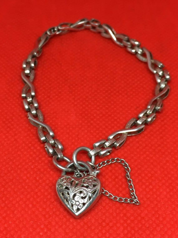 Vintage Sterling Floral Cut-Out Heart Padlock Gate
