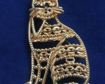 Vintage/Retro AJC Filigree Goldtone Cat Brooch