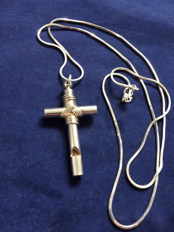 f49bc6320049 Vintage Sterling Tiffanys Whistle Cross Necklace