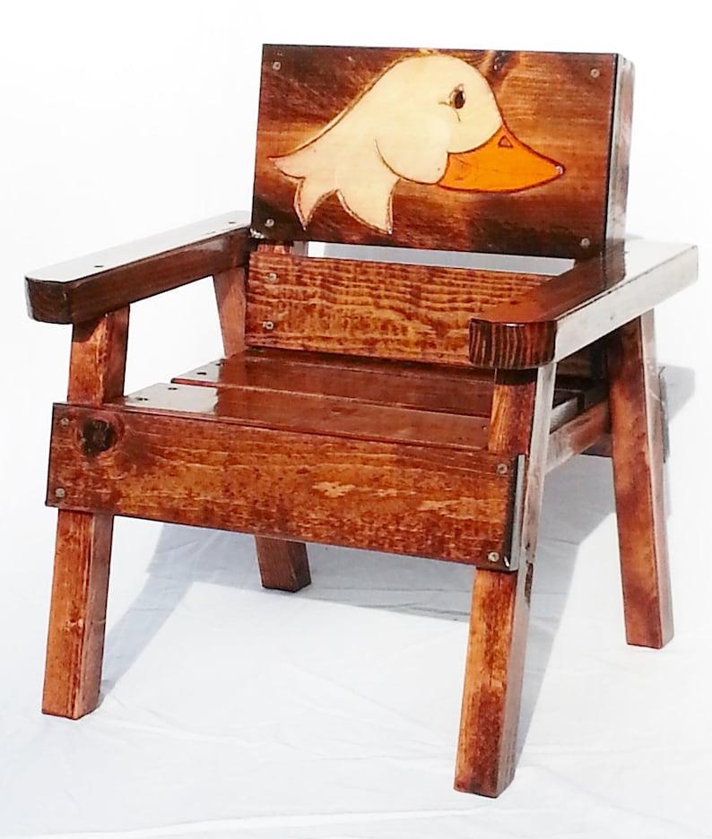 ArtOu ÂgeGarçonFilleGravé Meubles Peint Pour En EnfantsEnfants De Chaise PatioBois BoisEnfant Canard Bas Et Jardin Folk mwynvN80OP