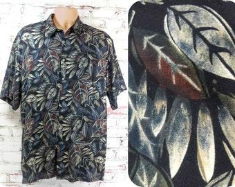short sleeve shirt, button down shirt , Men's casual shirt , size medium    # 10