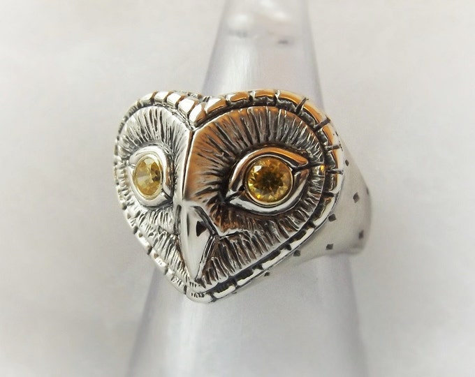 Owl ring, silver gold and sapphire ring, sterling silver barn owl ring with gold and yellow sapphire eyes, antique jewelry finish,