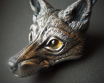 Fox Necklace, sterling silver fox head pendant with citrine eyes and silver chain. © Argent Aqua