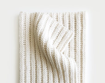 CROCHET PATTERN ⨯ Blanket, Afghan ⨯ Ribbed Texture ⨯ The Striye Throw
