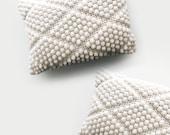 CROCHET PATTERN ⨯ Diamond bobble pillow ⨯ The Labadee
