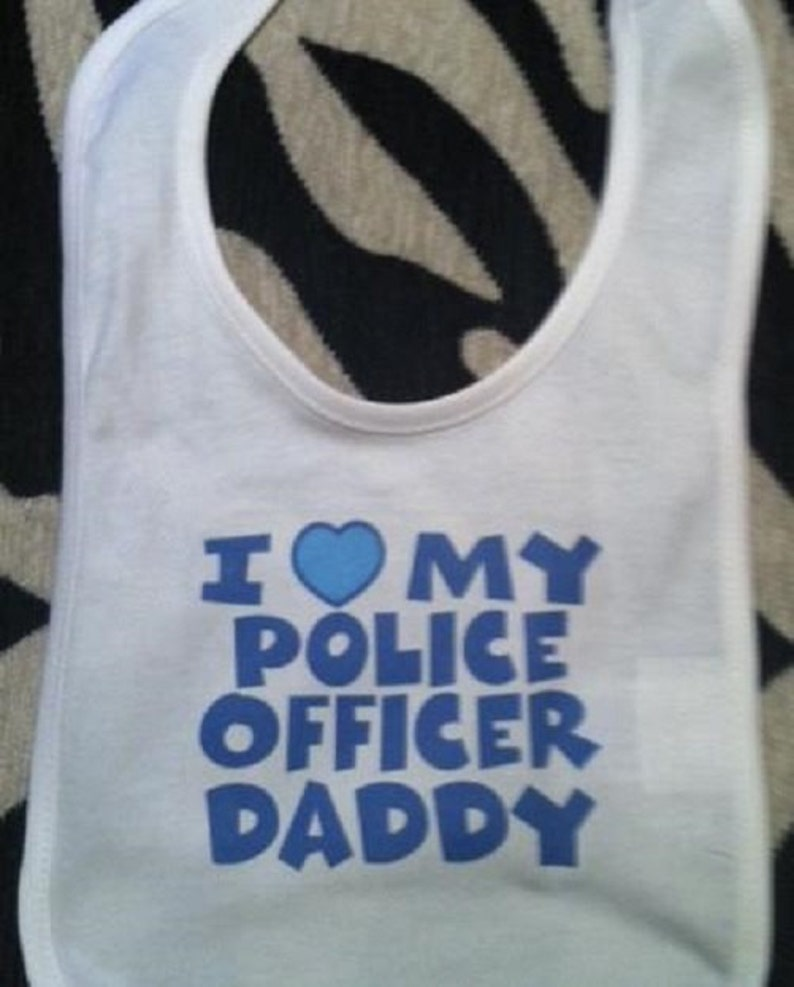 New Personalised Cotton Baby Bib for Boys /& Girls My Daddy is in The Police