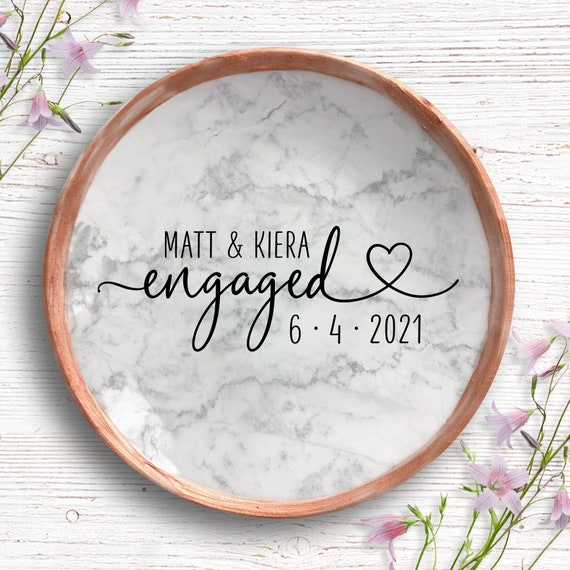 Engagement Gift, Personalized Marble Ring Dish, Gift for Engaged Couple, Engagement Ring Holder, Gift for Engaged Best Friend, Bride To Be