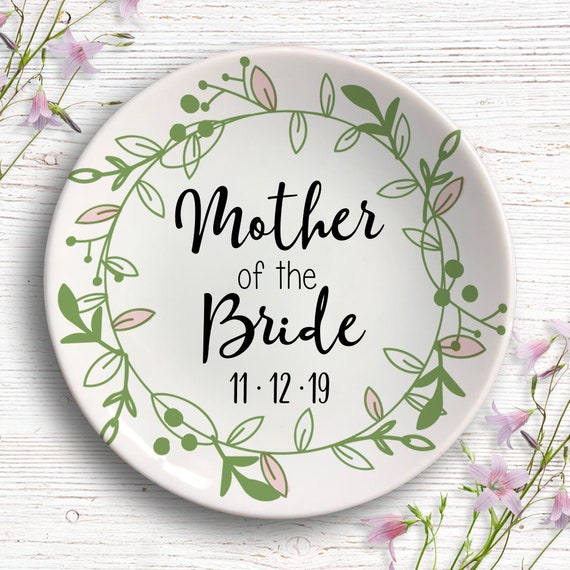Mother of the Bride Gift - Mom Wedding Gift - Gift for Mom - Personalized Ring Dish - Jewelry Dish - Wedding Party Gift - Mom Present