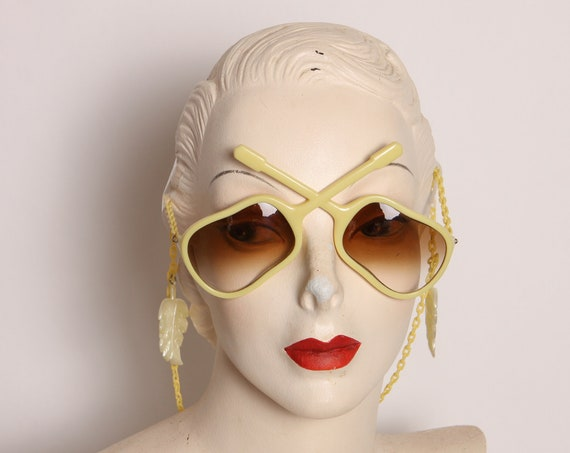 1950s Yellow and Brown Novelty Guitar Shaped Dangling Chain Earring Sunglasses