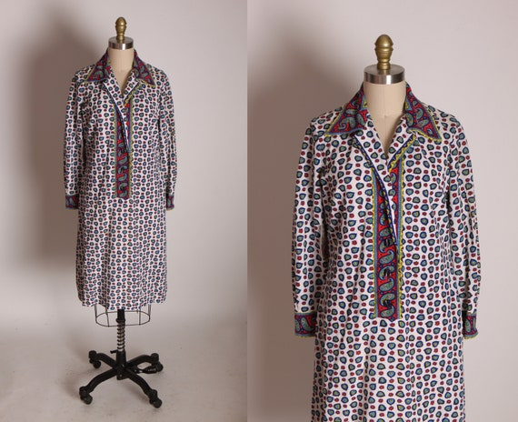 Late 1960s Early 1970s Red, White, Blue, Black and Yellow Paisley Abstract Pattern 3/4 Length Sleeve Dress -M