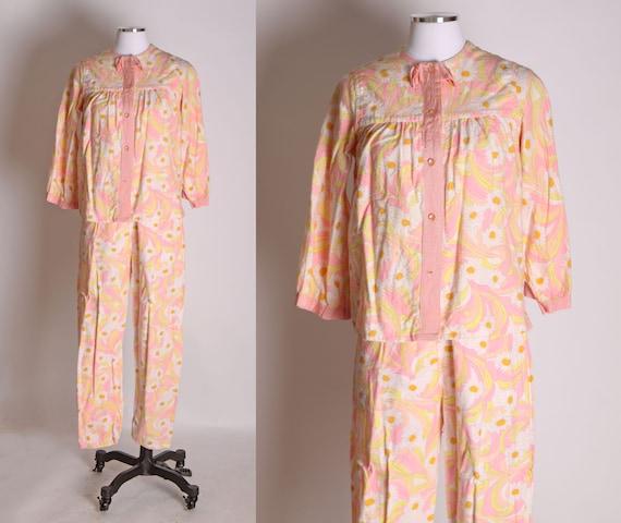 1960s Pink Orange and Yellow Floral Mod Flower Pri