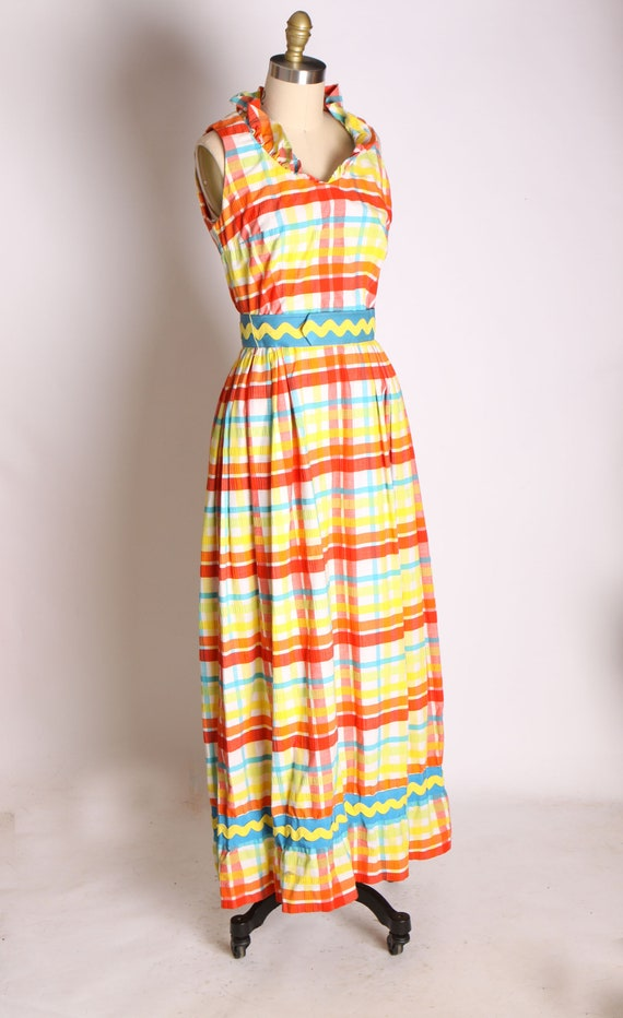 1960s Red Blue Green and Yellow Plaid Zig Zag Ful… - image 5