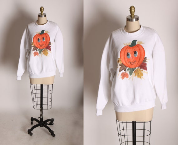 1990s White Long Sleeve Painted Halloween Fall Pumpkin Leaves Sweatshirt by Jerzees -L