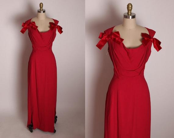 1960s Reddish Raspberry Pink Deep Scoop Neck Keyhole Back Bow Detail Formal Cocktail Wiggle Dress by Pattullo-Jo Copeland -L