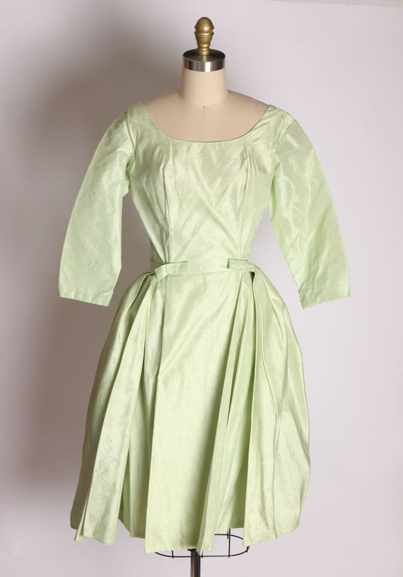 1950s Mint Green Taffeta Floral Print Brocade Dre… - image 3