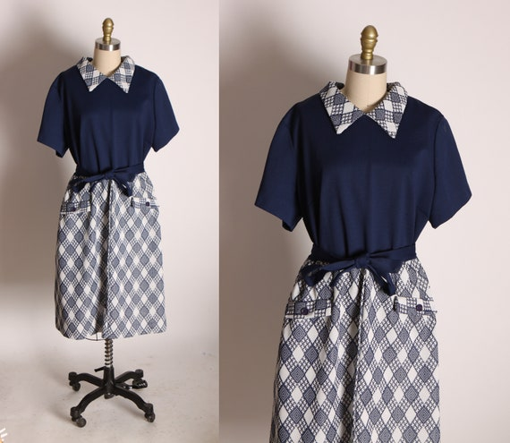 1960s Dark Blue and White Plaid Style Short Sleeve Pointed Collar Mod Dress -2XL