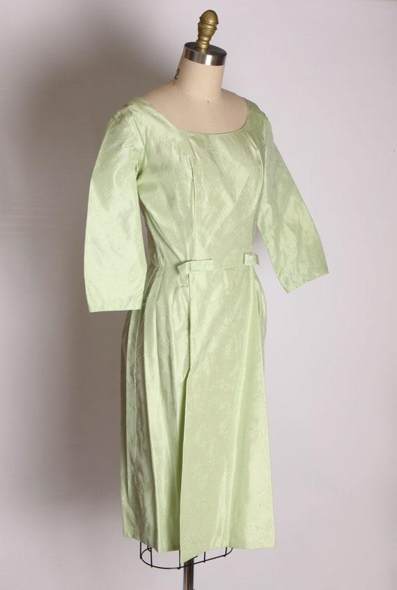 1950s Mint Green Taffeta Floral Print Brocade Dre… - image 7
