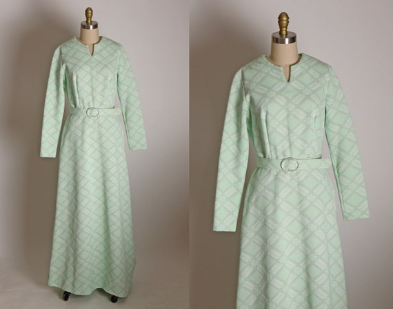 Late 1960s Early 1970s Mint Green and Silver Lurex Long Sleeve Double Knit Full Length Belted Formal Cocktail Dress -S
