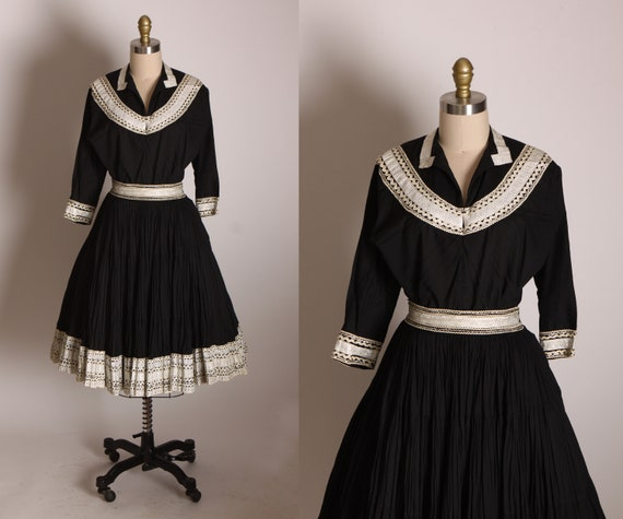 1950s Black and White Ric Rac Trim Southwestern Patio Blouse and Skirt Two Piece Matching Dress Outfit by Jeanette's Originals -M
