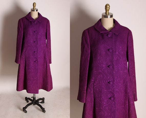 1960s Purple Textured Long Sleeve Button Up Front Flared Coat by Harzfelds Kansas City -L