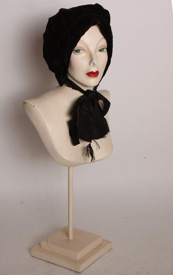 1800s Victorian Black Velvet Mourning Bonnet Hat